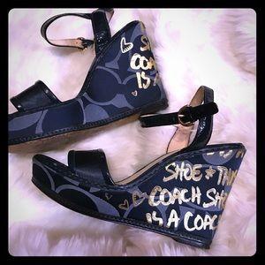 💕🌹🙏🏾Coach  sandals 💕